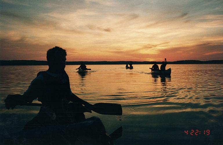 Her blev grunden til Eventyrsport lagt - i en svensk sø